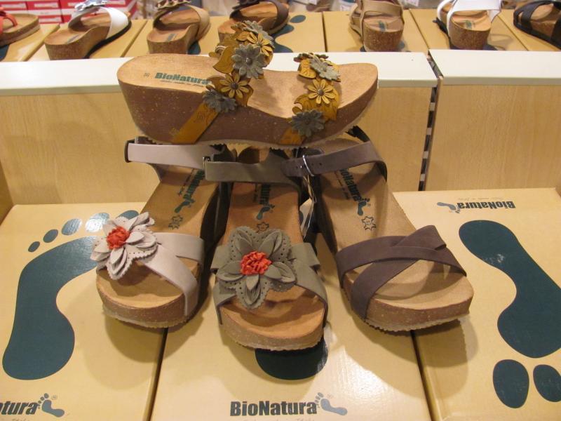 finest selection a58f3 a452b Sandali e Ciabatte BIONATURA a fondo fussbett - Blog ...